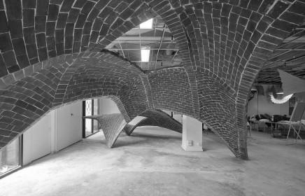 La Escuela de Arquitectura en Monash University, Australia y laESARQ