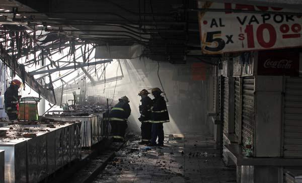 6_CUARTOSCURO_Incendio_Mercado-Centenario