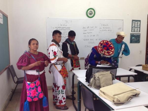 Huicholes 3