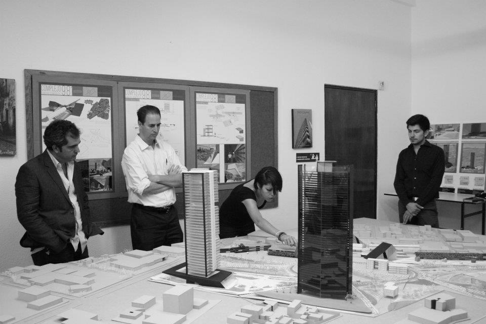 A los futuros presentes y pasados estudiantes de for Blog de arquitectura